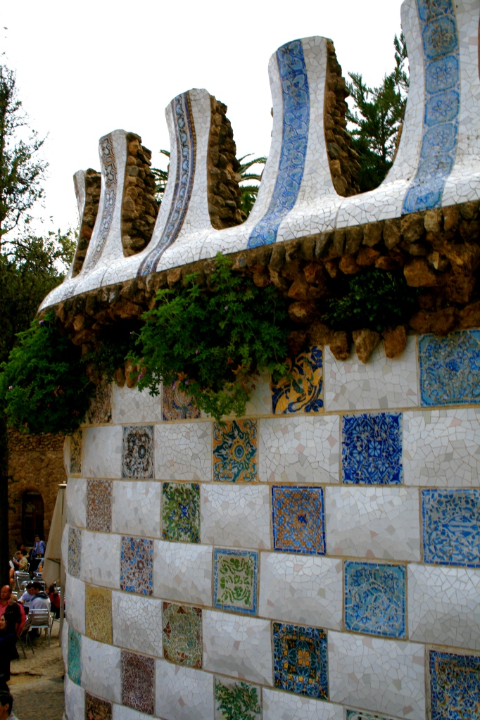 """Wall detail of ceramic tiles'"