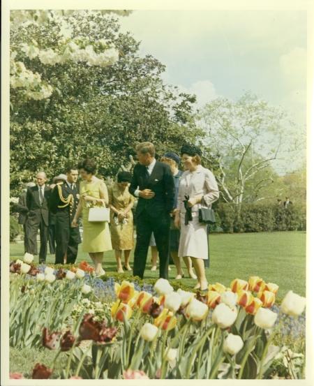 175_1963 April 1 KennedyshowingtheRoseGarden AAG